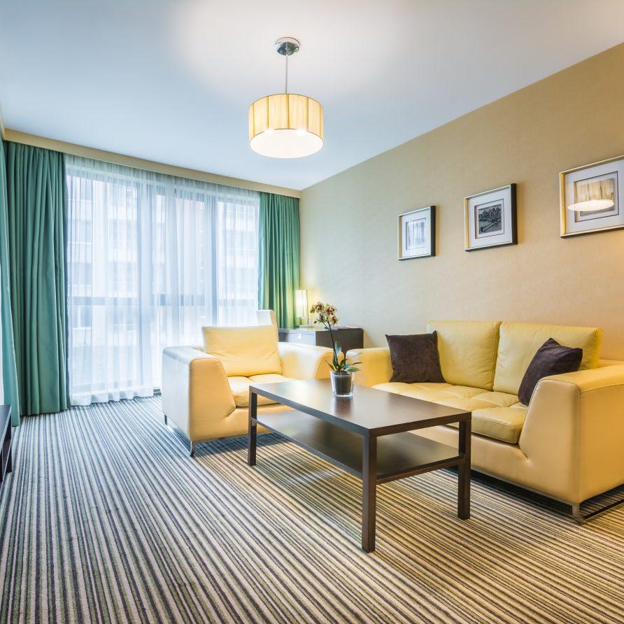 интериор в луксозен 4 звезден хотел