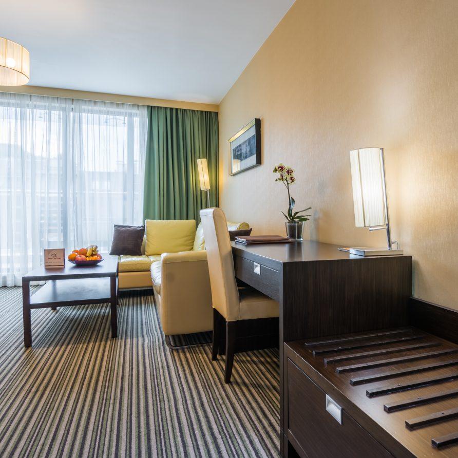 апартамент в четириздезден хотел Оливс