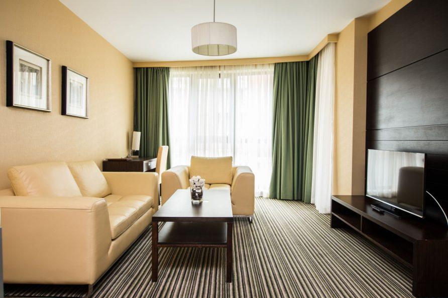 Бизнес хотел работно посещение в съчетание с почивка 2 част