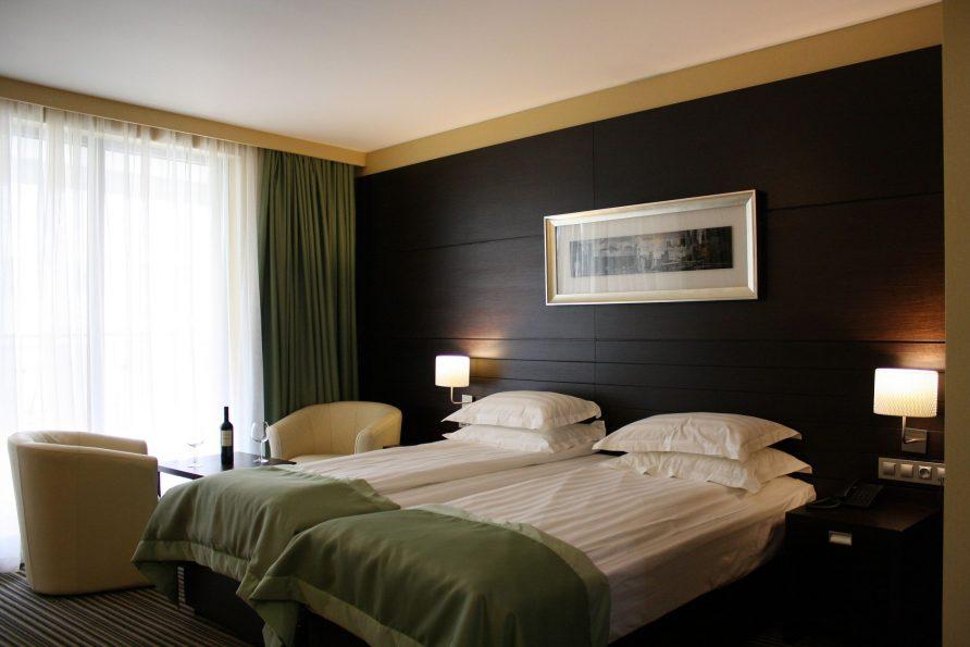 Малки хотелски апартаменти в София