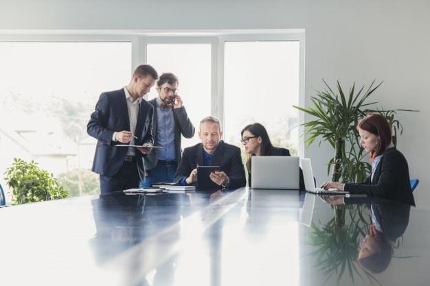 Конферентни зали за организиране на бизнес срещи